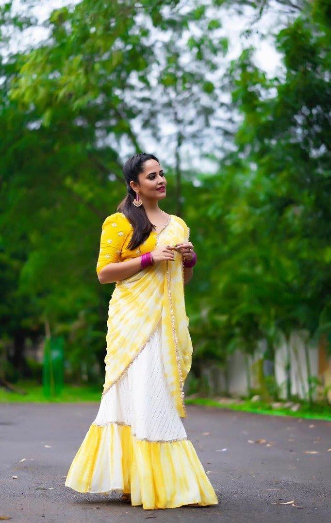 anasuya-bharadwaj-78451235