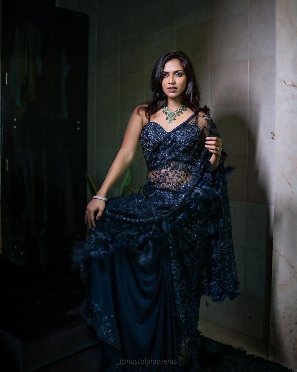 actress-amala-paul-stills-7894563256991